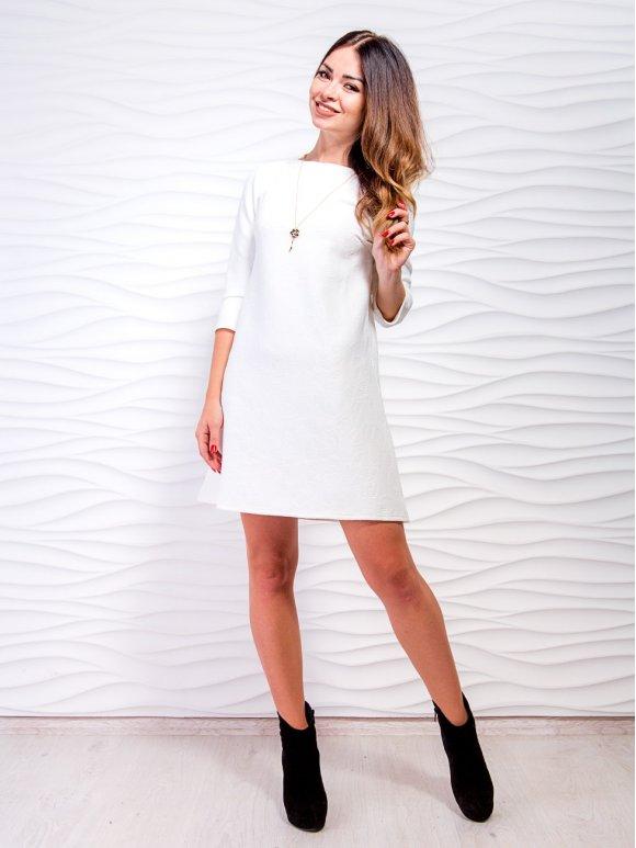 белое короткое платье А-силуэта фото