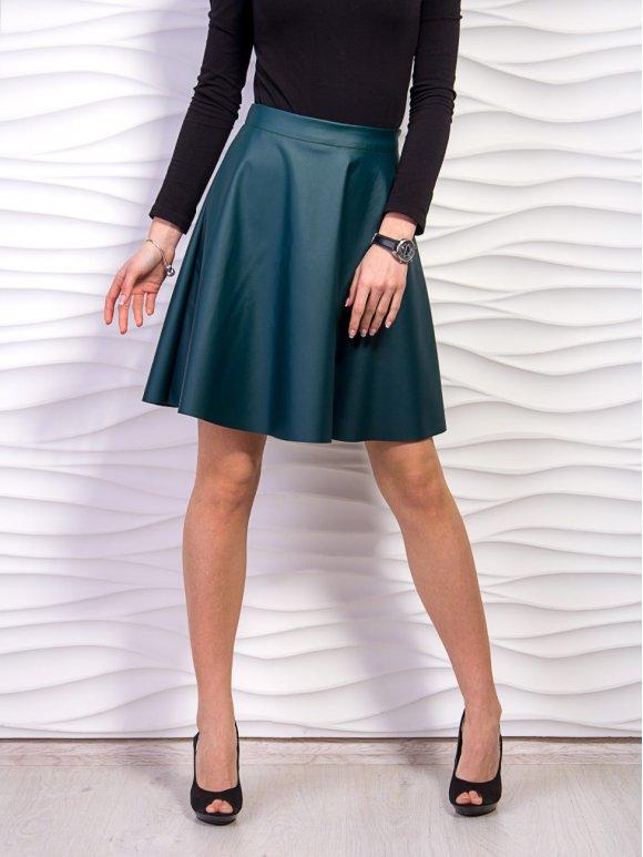 Короткая расклешенная юбка из экокожи. Арт.2275