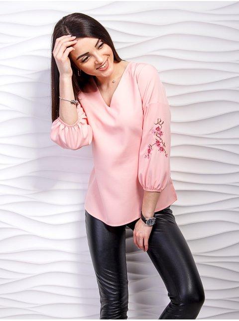 Легкая блуза с вышивкой на рукавах. Арт.2236