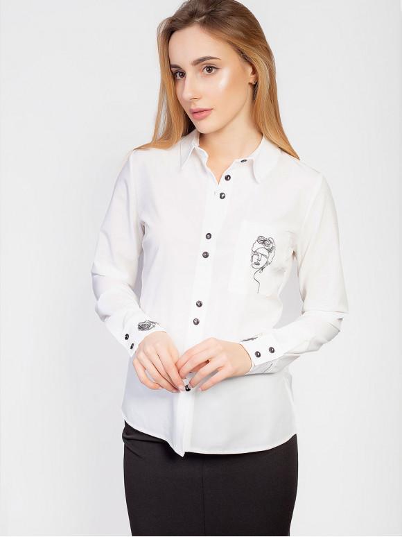 Блуза с оригинальной вышивкой на кармане и манжетах 2943