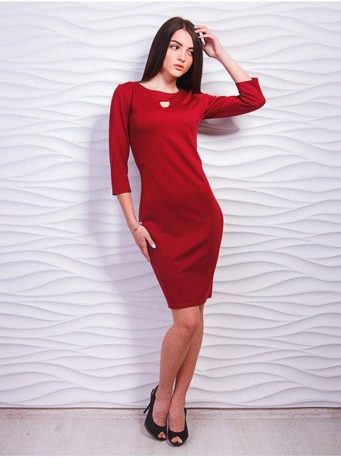 Платье приталенного силуэта с красивой горловиной. Арт.2317