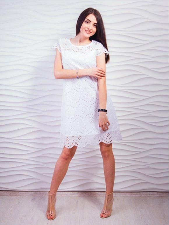 платье из выбитого батиста фото