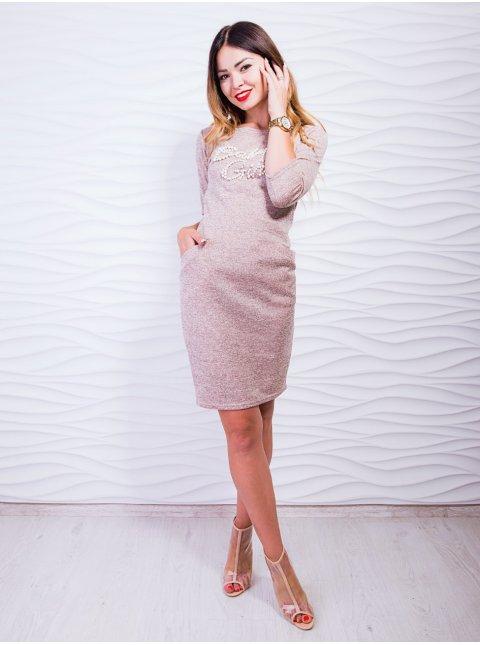 Необычное трикотажное платье с надписью из жемчуга. Арт.2435