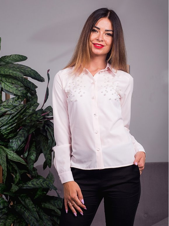 Легкая блуза, украшенная жемчугом. Арт.2415