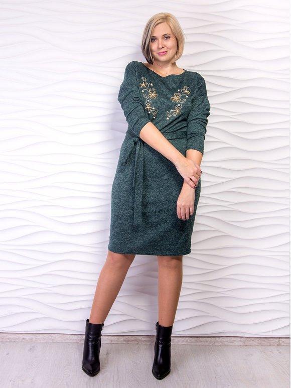 Красивое платье батал с нежной вышивкой и жемчугом. Арт.2497
