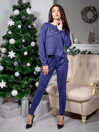 Костюм: красивая кофта с полукруглым низом и удлиненной спинкой + брюки с карманами. Арт.2539