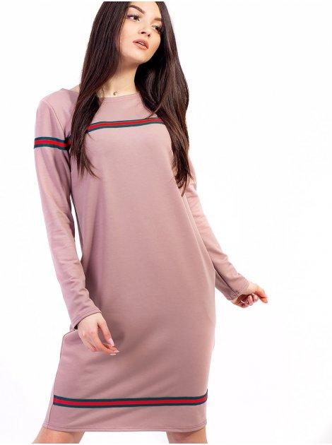 Модное платье с трендовыми нашивками и удобными карманами. Арт.2603