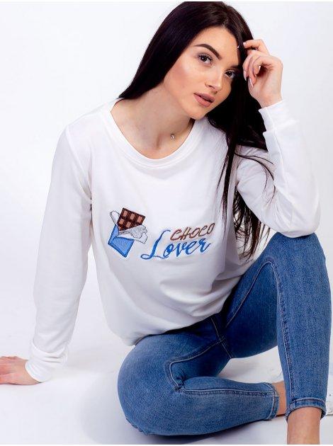 Модный свитшот с вышитой шоколадкой и надписью 2608
