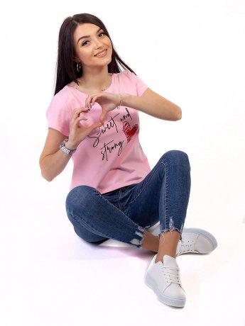 Трендовая футболка с каллиграфической надписью и сердечком 2707