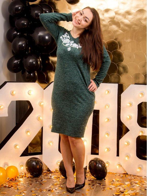 Платье батал с контрастной цветочной аппликацией. Арт.2153