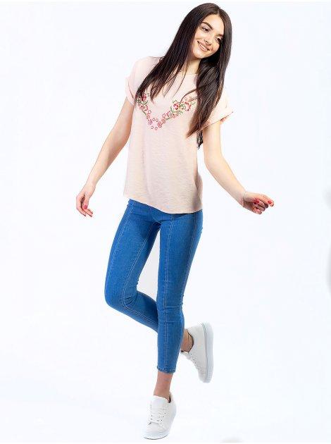 Нежная блуза с вышивкой 2747