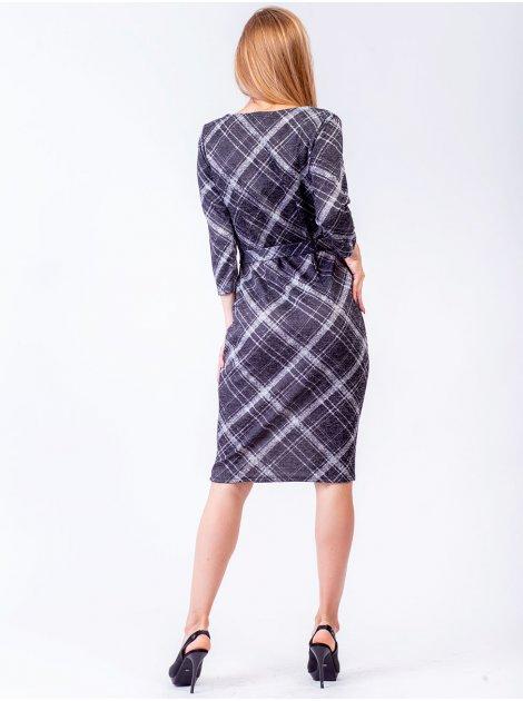 Приталенное клетчатое платье с подчеркнутой поясом талией. Арт.2474