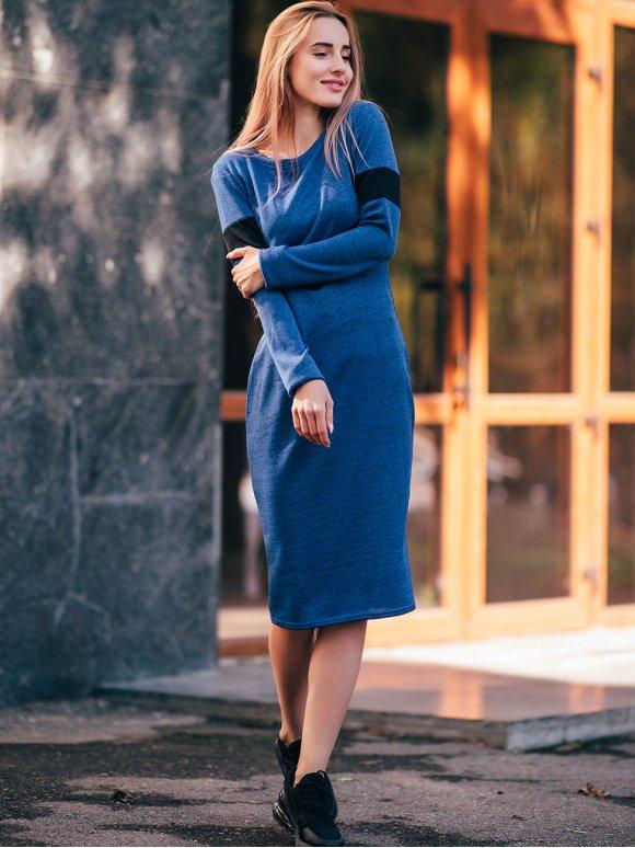 Яркое трикотажное платье с фигурной вставкой. Арт.2649