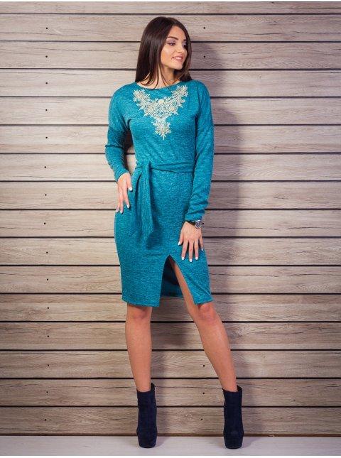 Платье с вышивкой на груди, спереди разрез. Арт.2058