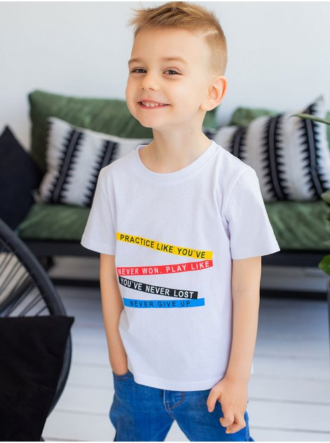 Детская футболка с разноцветным принтом 10027