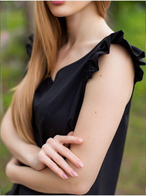 Женственная майка с рюшами на плечах 3023
