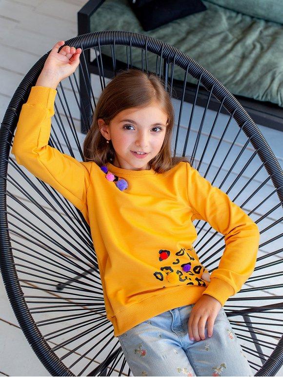 Детский свитшот с помпонами 10053