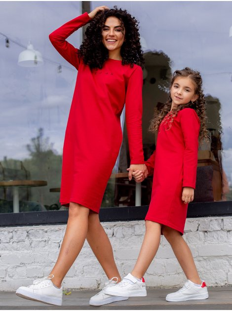 Детское платье с трэндовым принтом 10049