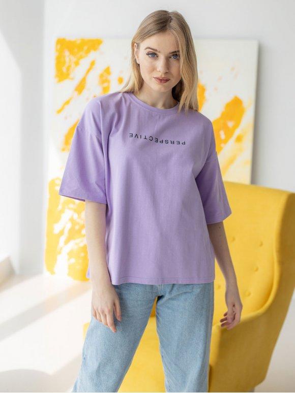 Стильная футболка с принтом 3192