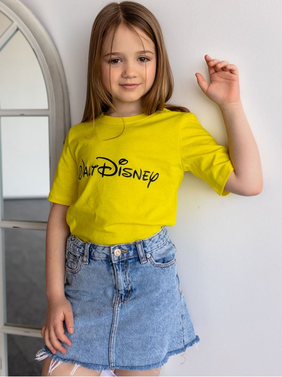 Детская футболка с популярным логотипом 10092