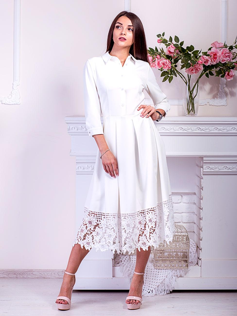 белое платье с дорогим кружевом понизу фото