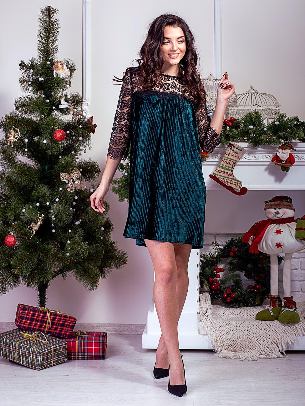 7135b7ac8d1 Нарядное велюровое платье с рукавами и кокеткой из кружева. Арт.2589