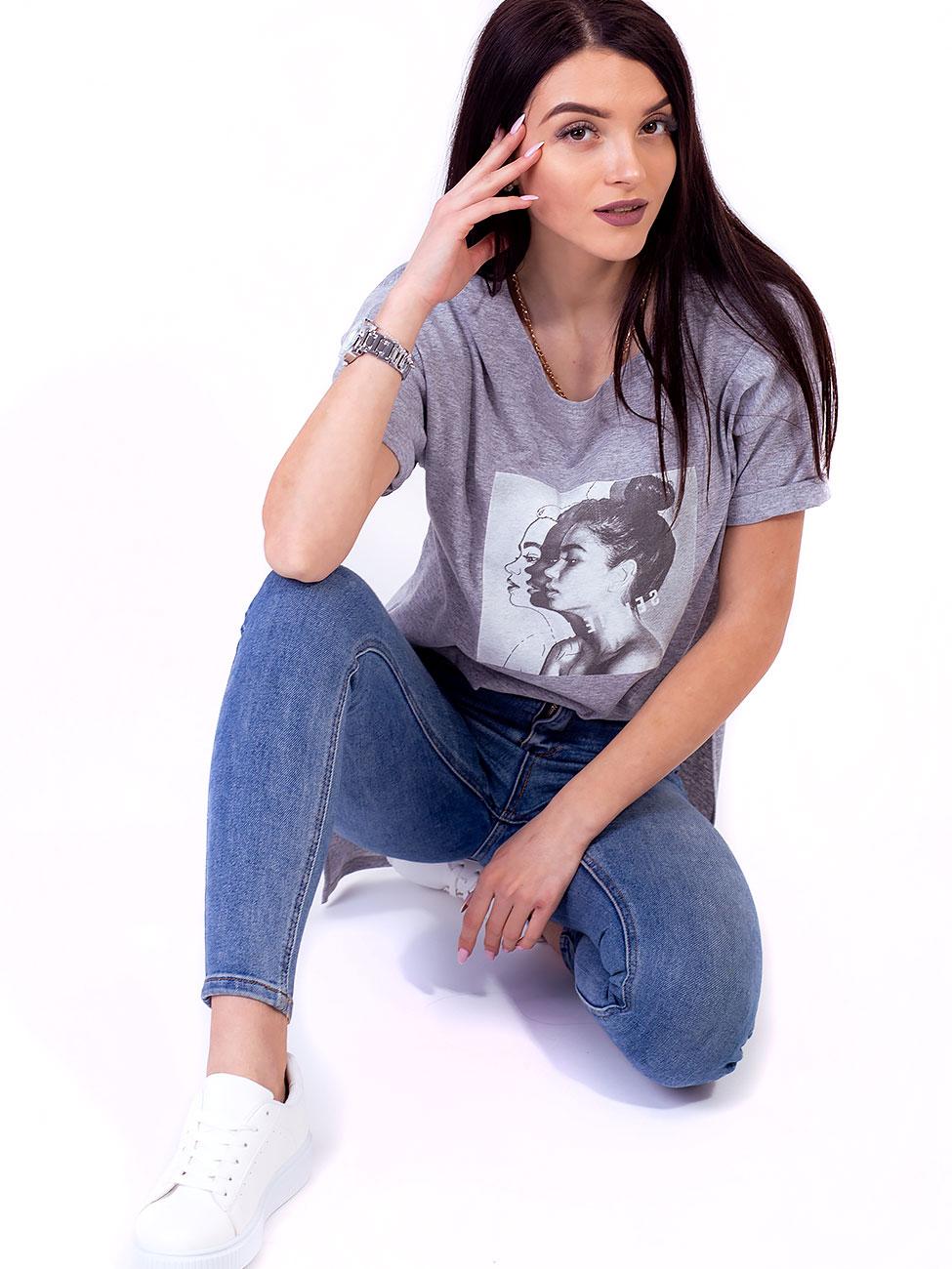 9a1bfb3ec6061 Стильная футболка с удлиненной спинкой и принтом 2692